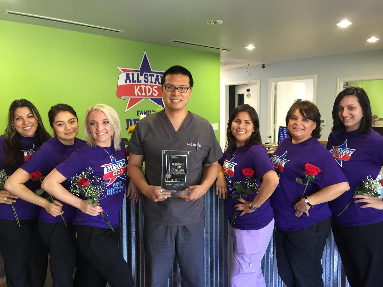 dayton-tx-dentist-and-staff-2